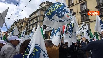 1 - Europee, Meloni chiude campagna elettorale a Napoli, il corteo per le strade della città