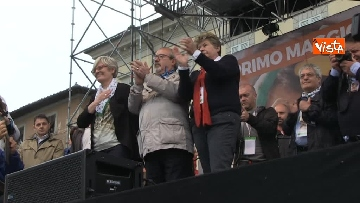 11 - Camusso, Furlan, Barbagallo alla manifestazione del primo maggio a Prato. Presente Martina