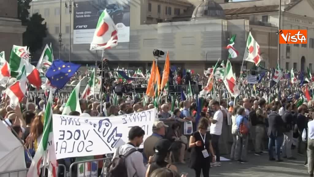 La manifestazione del PD in Piazza del Popolo