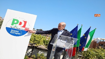 9 - Europee, Zingaretti, Calenda e Gentiloni presentano simbolo PD con