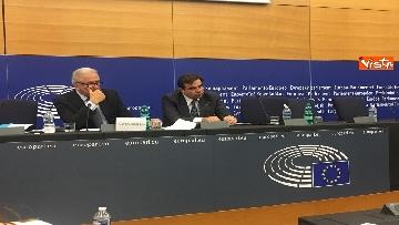 10 - Il Commissario Ue Avramopoulos al Parlamento di Strasburgo