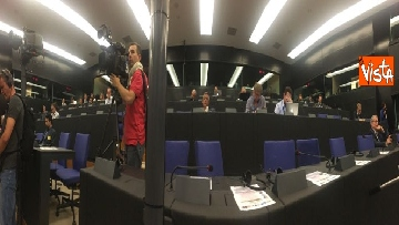 8 - Il Commissario Ue Avramopoulos al Parlamento di Strasburgo