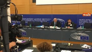 14 - Il Commissario Ue Avramopoulos al Parlamento di Strasburgo