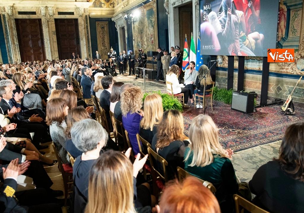 08-03-19 Mattarella a festeggiamenti 8 marzo Quirinale 10