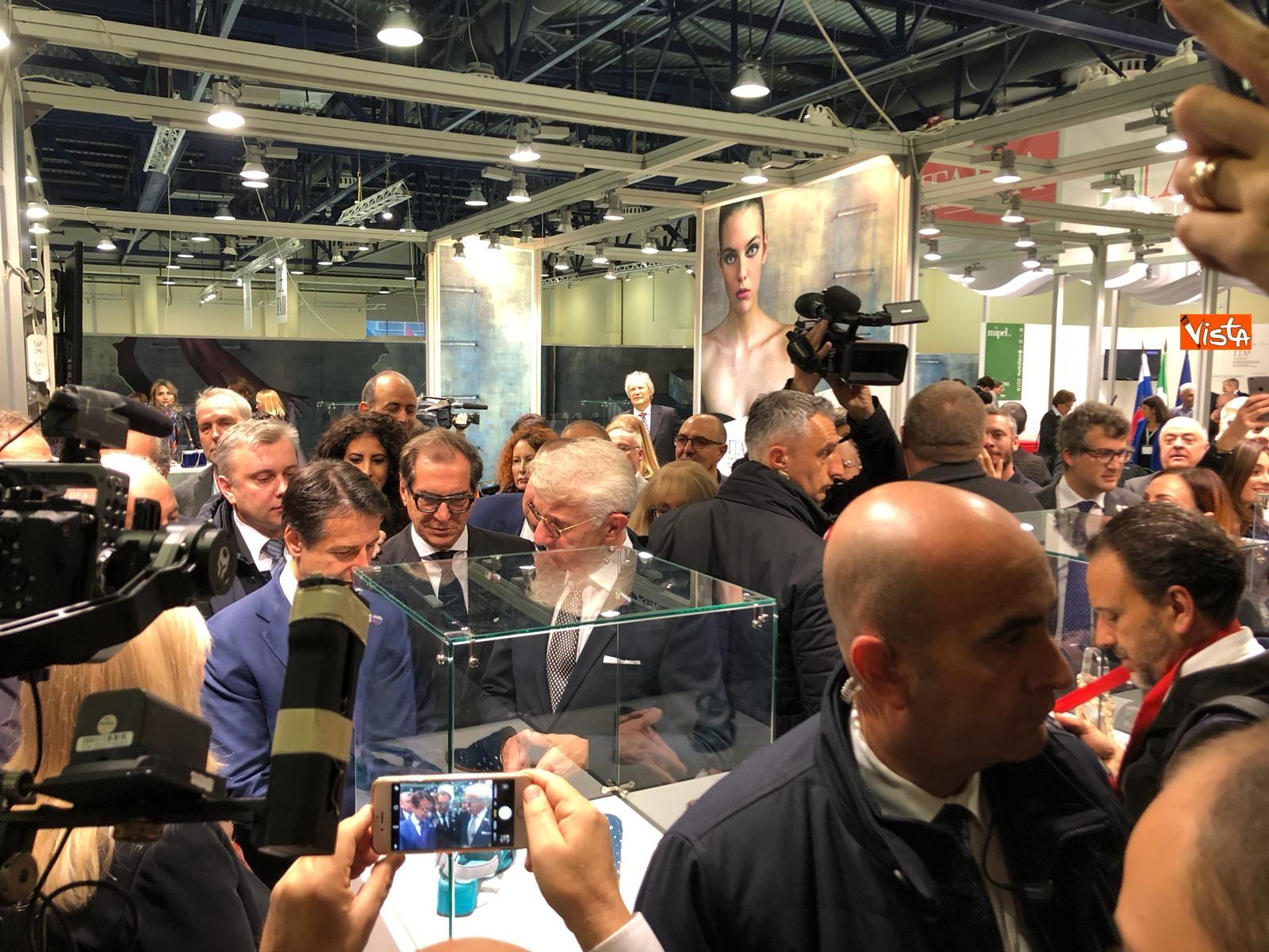 24-10-18 Conte all'Expocenter di Mosca con gli imprenditori italiani 3