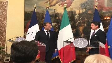 9 - Conte e Macron in conferenza stampa a Palazzo Chigi