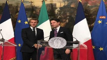 2 - Conte e Macron in conferenza stampa a Palazzo Chigi