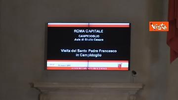 2 - Papa Francesco in Campidoglio, l'intervento in Aula Giulio Cesare