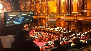 1 - Banchi M5s vuoti mentre Conte parla del Russiagate in Aula al Senato
