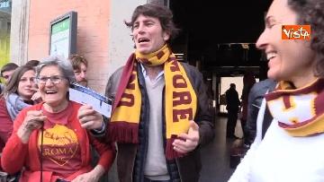 1 - Roma Liverpool Madre Rossella e suoi figli, le emozioni per i primi biglietti