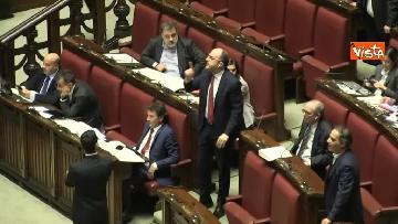 1 - Scontro in aula tra PD e Fratelli d'Italia, rissa sfiorata tra i deputati