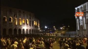8 - Eclissi luna, dal Colosseo al Gianicolo, Roma presa d'assalto dai turisti