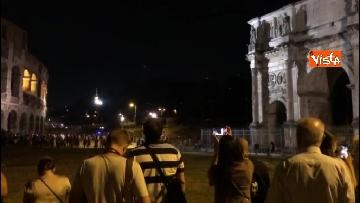7 - Eclissi luna, dal Colosseo al Gianicolo, Roma presa d'assalto dai turisti