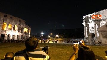 13 - Eclissi luna, dal Colosseo al Gianicolo, Roma presa d'assalto dai turisti