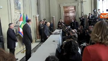 9 - Napolitano dopo il colloquio con Mattarella immagini
