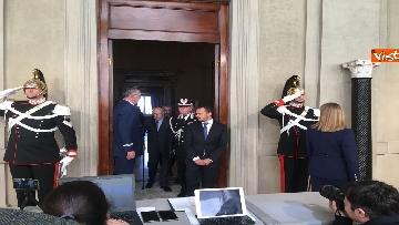 13 - Napolitano dopo il colloquio con Mattarella immagini