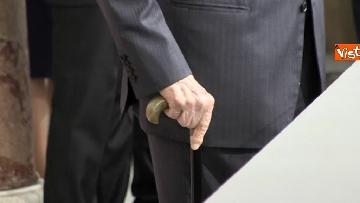 8 - Napolitano dopo il colloquio con Mattarella immagini