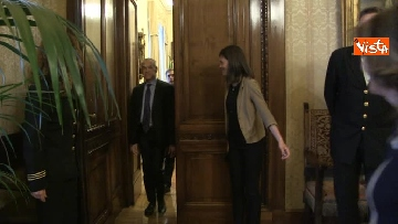 2 - Cottarelli ricevuto dalla Casellati a Palazzo Madama