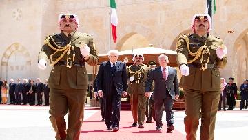 1 - Il Presidente Mattarella al Palazzo Reale ricevuto da Sua Maestà, il Re Abdullah II
