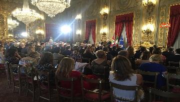 11 - Mattarella riceve il Ventaglio dall'Associazione Stampa Parlamentare al Quirinale