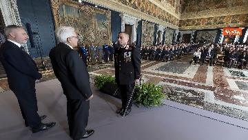 8 - Mattarella consegna decorazioni dell'Ordine militare
