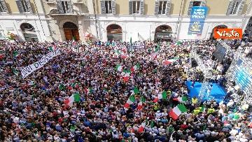 1 - La manifestazione in piazza Montecitorio contro il nuovo Governo