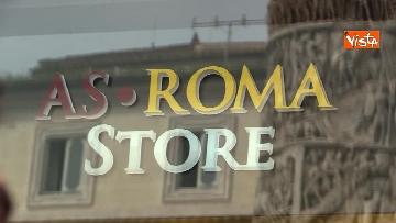 3 - Roma Liverpool Madre Rossella e suoi figli, le emozioni per i primi biglietti