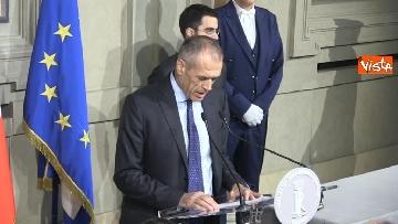 3 - Cottarelli rinuncia a incarico di Premier