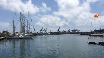 2 - Il porto di Valencia si prepara ad accogliere Aquarius, le immagini