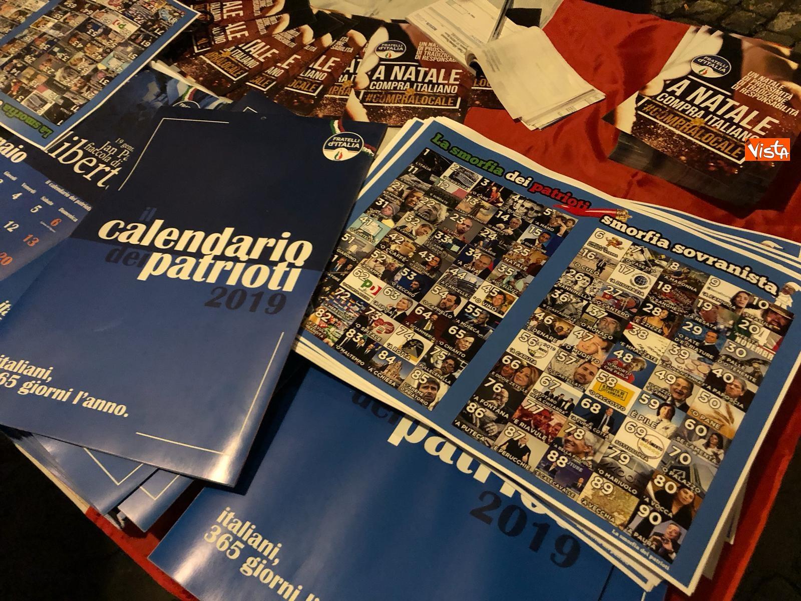 La festa di natale di Fratelli d'Italia, tra prodotti locali e tombolata sovranista_03
