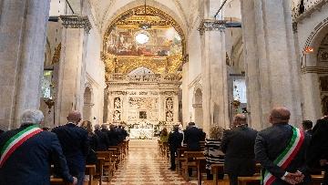 8 - Mattarella accende la Lampada per la Pace a Loreto