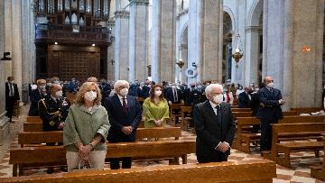 5 - Mattarella accende la Lampada per la Pace a Loreto