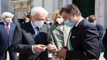 16 - Mattarella accende la Lampada per la Pace a Loreto
