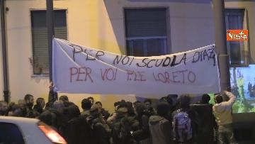 3 - Il presidio degli anarchici a Torino contro la Lega