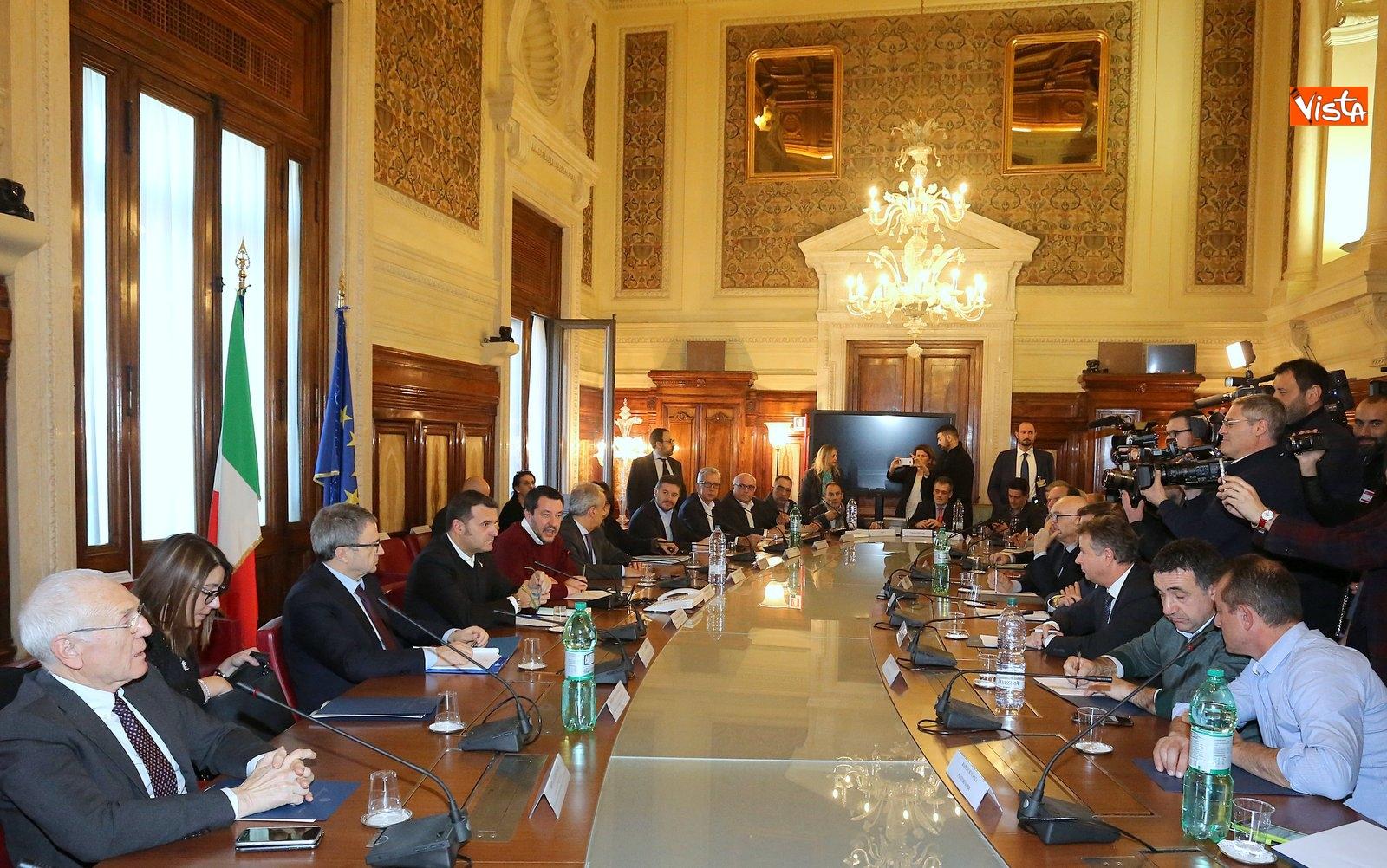 14-02-19 Salvini incontr una delegazione di pastori sardi le immagini