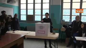 6 - Europee, il voto del presidente del Consiglio Conte