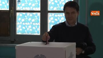 7 - Europee, il voto del presidente del Consiglio Conte