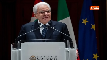 5 - Mattarella al Teatro Massimo partecipa a cerimonia di chiusura