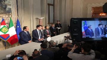 10 - I foglietti di Martina, la cravatta rossa di Orfini, il PD alle consultazioni
