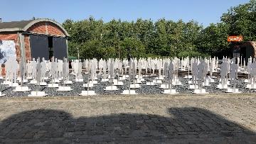 9 - L'iniziativa Ugl a Marcinelle, 262 sagome bianche per ricordare minatori morti 62 anni fa