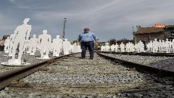 2 - L'iniziativa Ugl a Marcinelle, 262 sagome bianche per ricordare minatori morti 62 anni fa