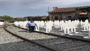 3 - L'iniziativa Ugl a Marcinelle, 262 sagome bianche per ricordare minatori morti 62 anni fa