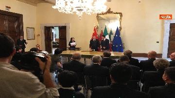 1 - Italia-Cina, Di Maio e vicepremier Li Hongzhong alla firma di 6 accordi commerciali