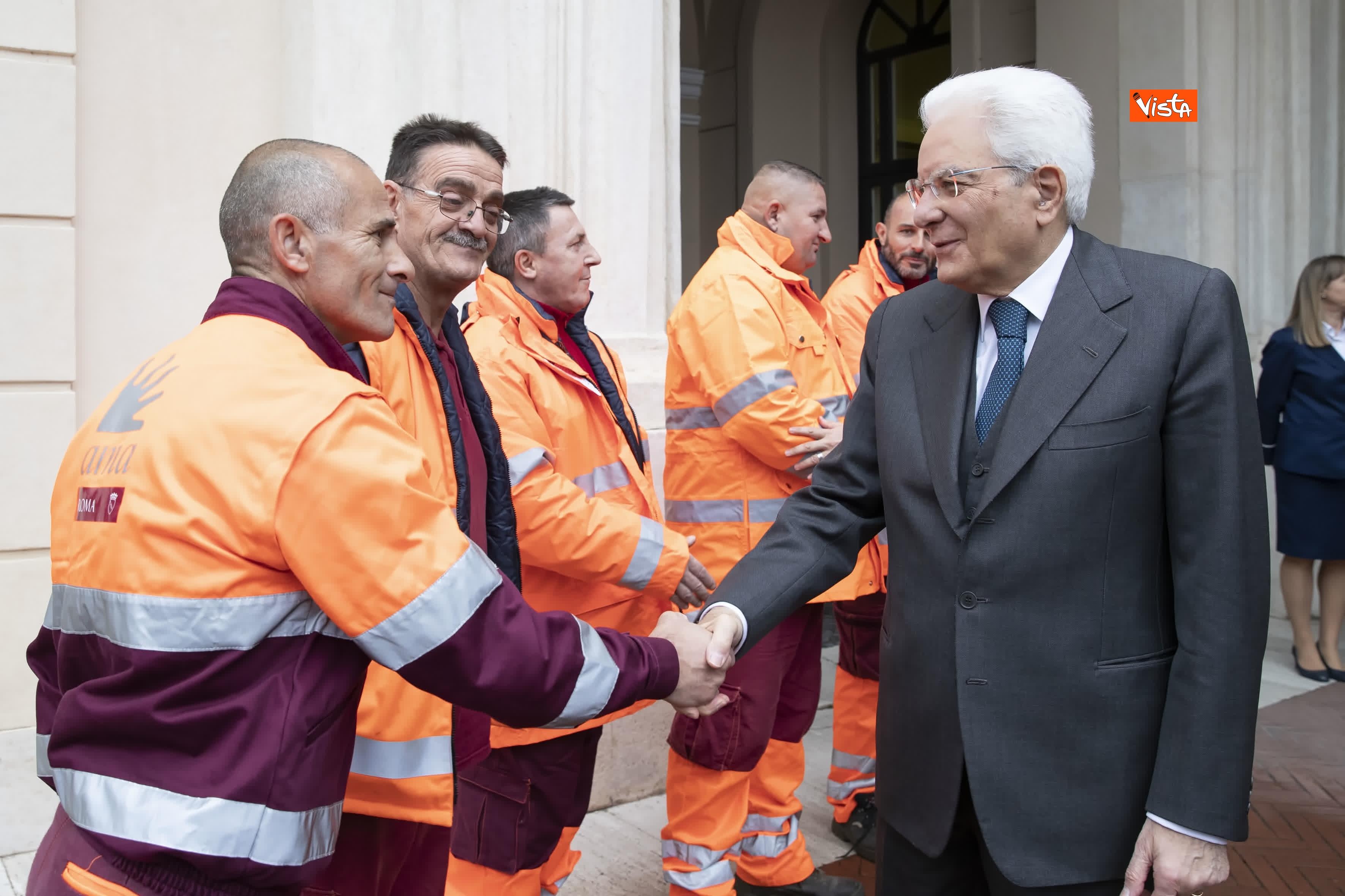 02-12-19 Mattarella incontra alcuni detenuti del progetto di recupero del patrimonio ambientale_02