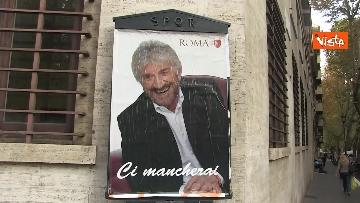 12 - Gigi Proietti sui muri di Roma. I murales omaggio all'attore in giro per la città