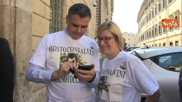 7 - #IoStoConSalvini, senatori Lega in piazza per esprimere solidarietà a ministro dell'Interno