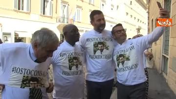 5 - #IoStoConSalvini, senatori Lega in piazza per esprimere solidarietà a ministro dell'Interno