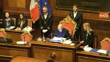 6 - Napolitano apre la prima seduta del Senato