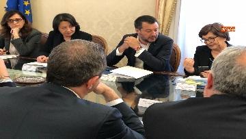 3 - Salvini al Comitato per l'ordine e la sicurezza su sgombero campo rom a Giugliano