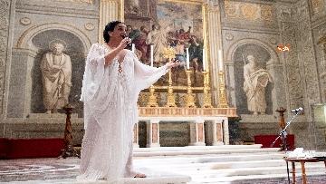 8 - Noa e Gil Dor incantano il pubblico del concerto di Natale al Quirinale